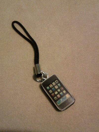 Phonestrap con mini iPhone fimo