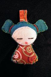 little doll: bambolina portachiavi