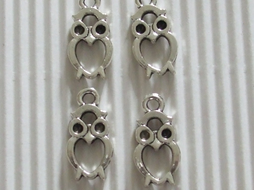 4 charms gufini aperti 21x10mm vend.