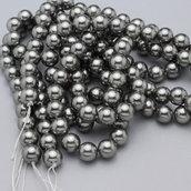 filo perle di conchiglia grigie
