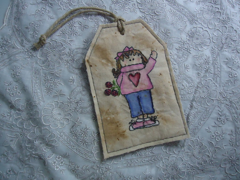 Tag decorativa Primitive Stitchery - ricamata a mano