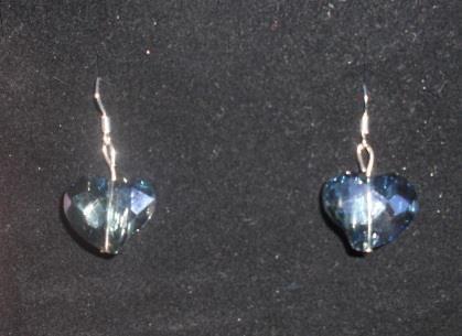 orecchini con cuori piccoli blu