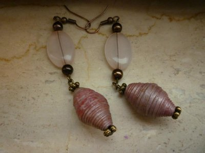 orecchini in carta