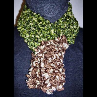 Sciarpa arricciata in toni di verde e marrone - mod. Alexx