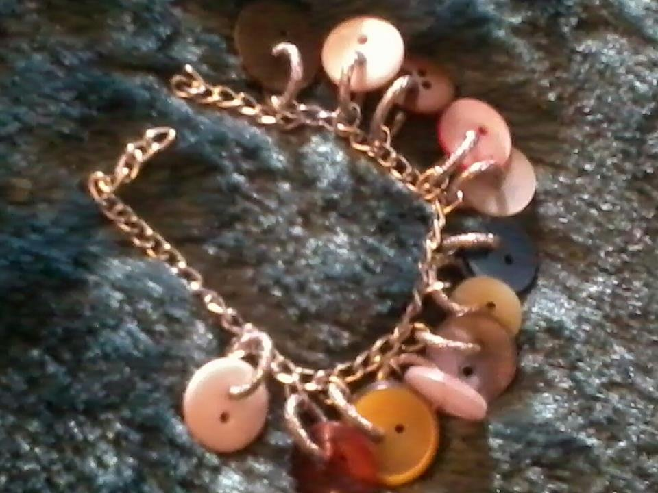 BRACCIALE CHARMS BOTTONI