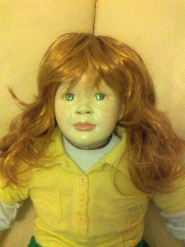 SARA bambola in porcellana