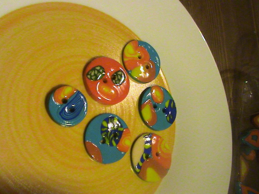 6 bottoni in fimo