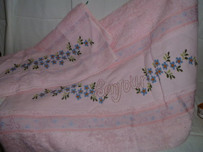 parure asciugamano ricamato a punto croce