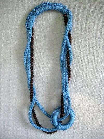 Collana cotone azzurro tricot