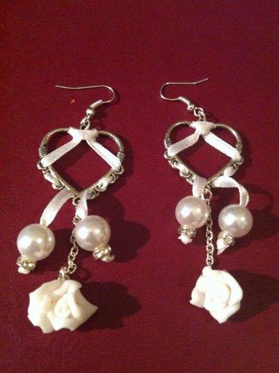 orecchini romantici