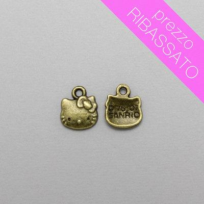 3 charm Hello Kitty color bronzo antico