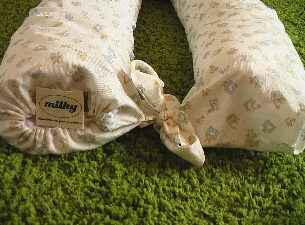 Cuscino allattamento in pula di farro 190 cm