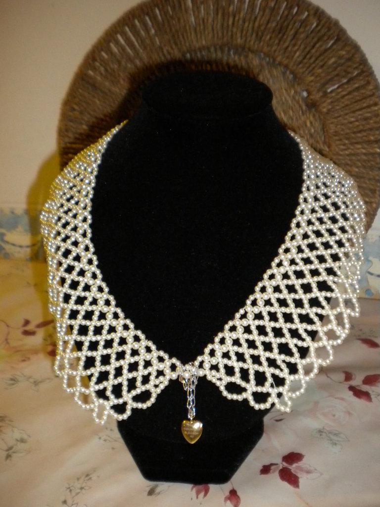 Girocollo donna a colletto di perline bianche-pendente a cuore