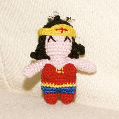Amigurumi Wonder Woman : orecchini amigurumi wonder woman - Gioielli - Orecchini ...