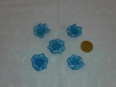Ciondoli rose blu