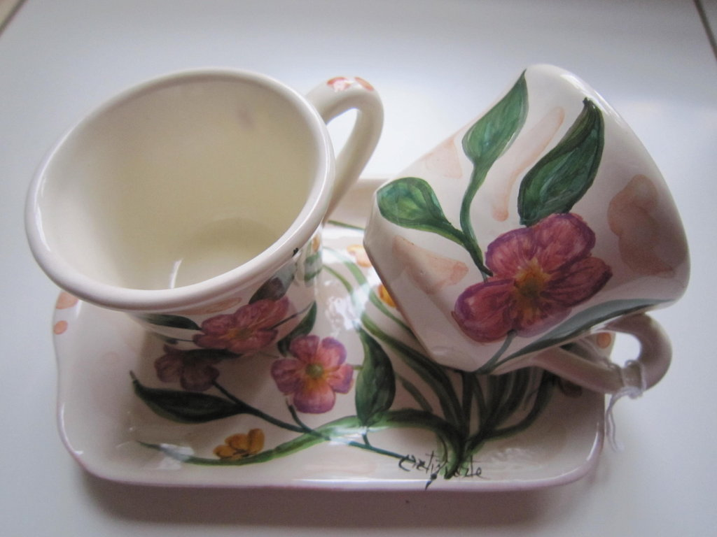 Set tazzine da caffè con vassoio