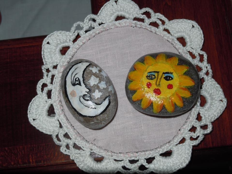 Sassi dipinti a mano per la casa e per te decorare - Decorare i sassi ...