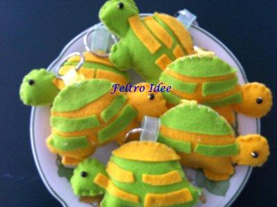 Portachiavi in feltro a forma di tartaruga tutto fatto a mano