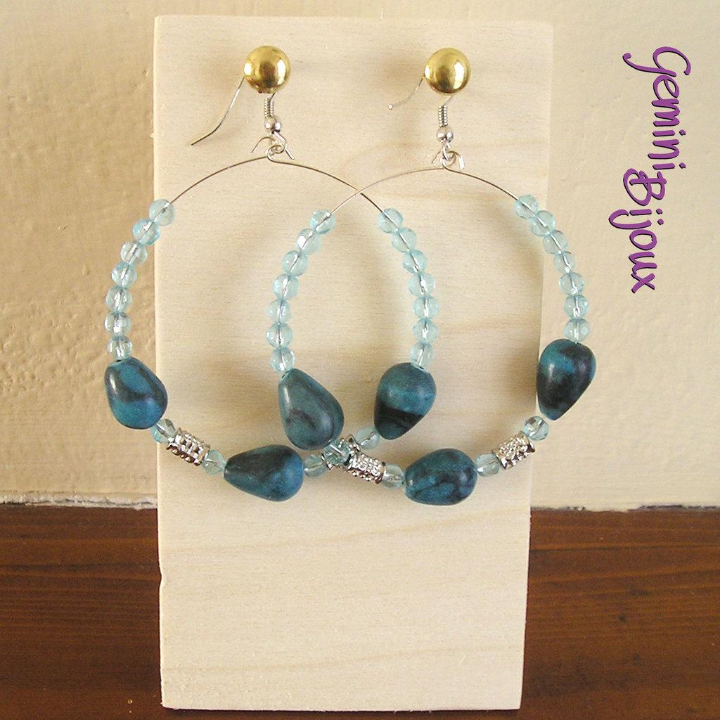 Orecchini cerchi grandi azzurri e gocce blu