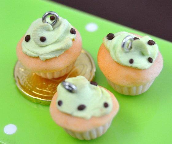 3 Charms fimo cupcake