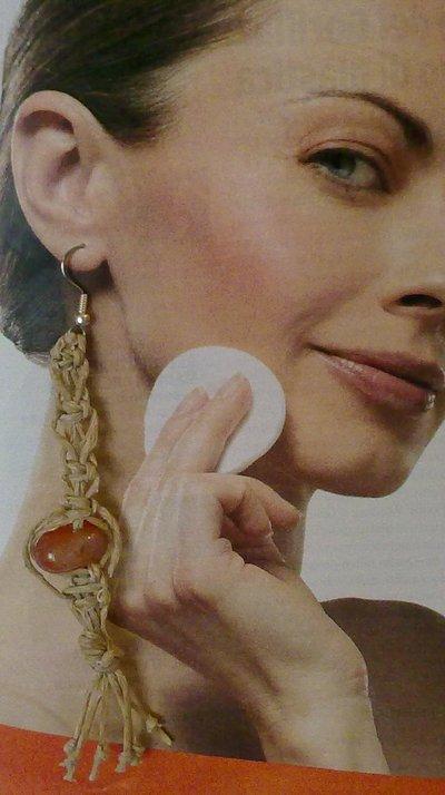 orecchini pendenti estivi  con pietra