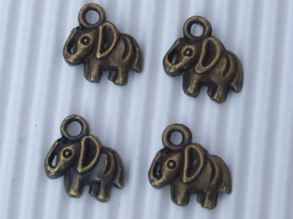 8 charms elefantini bronzo vend.