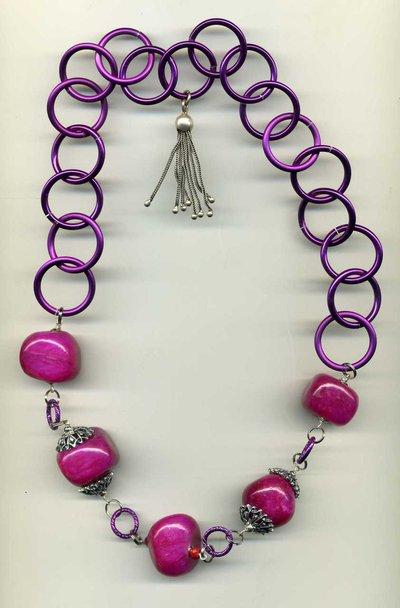 Collana a catena rosa fuchsia