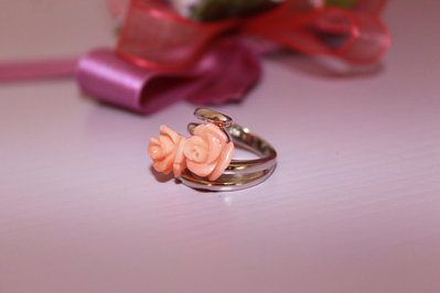 Anello argento 925 e corallo rosa
