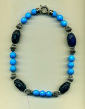 Collana in ceramica turchese e murrine blu
