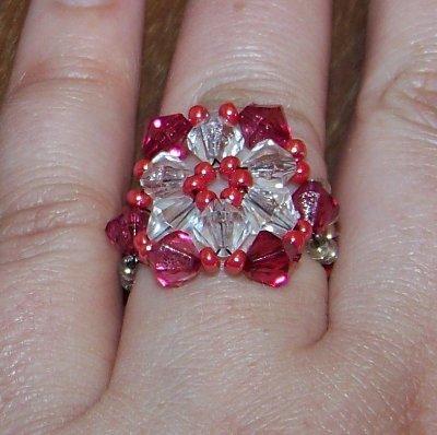 SALDI SALDI SALDI - Anello realizzato a mano, con perline e cristalli (no swarovski)