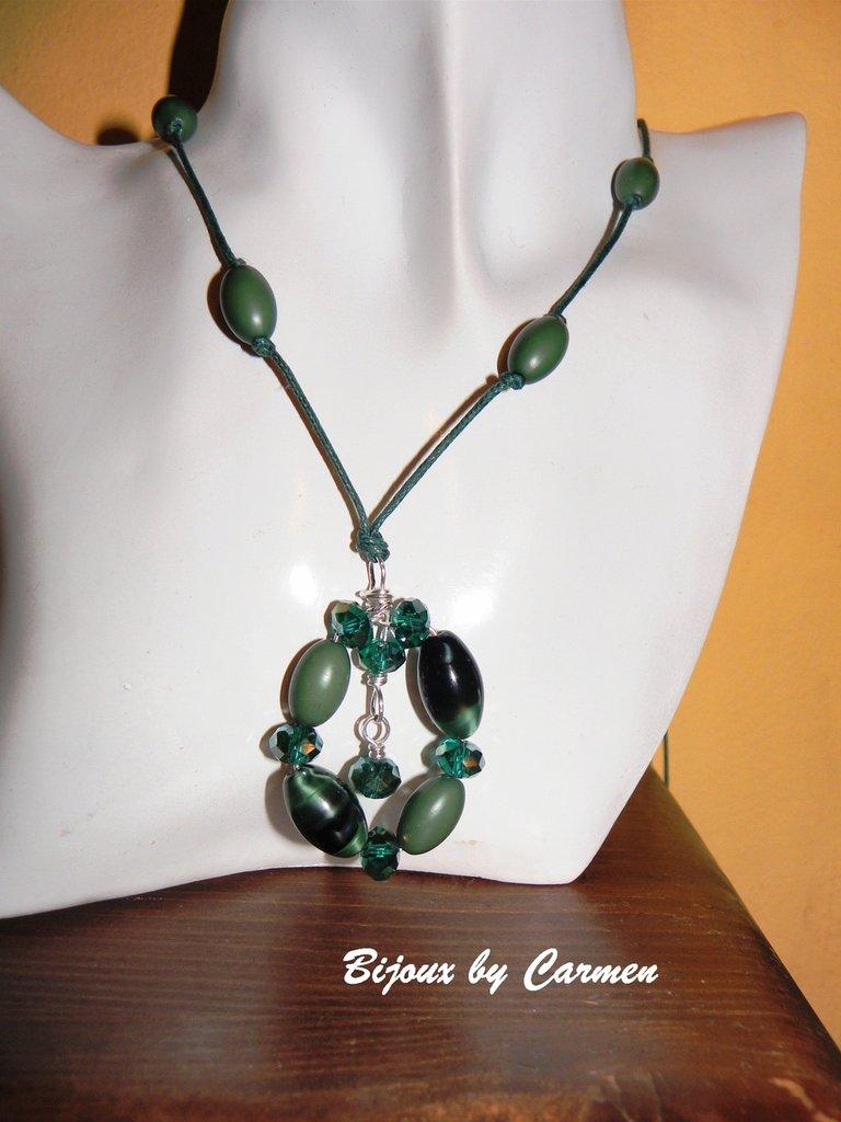 collana in verde