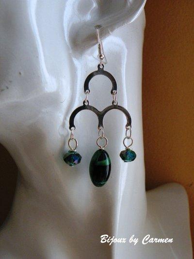 orecchini verdi con archi e perle
