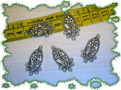 4 basi orecchini argento tibetano motivo floreale  FIORI