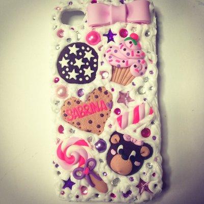 Cover, custodia, case, per iphone 4/4s fatta a mano con biscotti ,dolci perle e strass  effetto torta