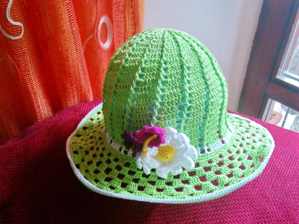 cappellino estivo di cotone verde menta per bimba 3-5