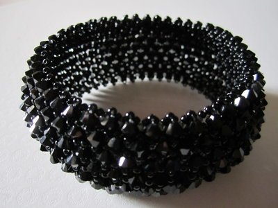 13 Bracciale capricho con originali cristalli swarovski nero