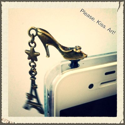 Steampunk Fashion anti dust pug per iphone a scelta tra diversi modelli!