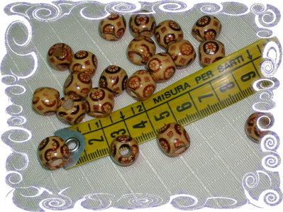 30 perline in legno stampate
