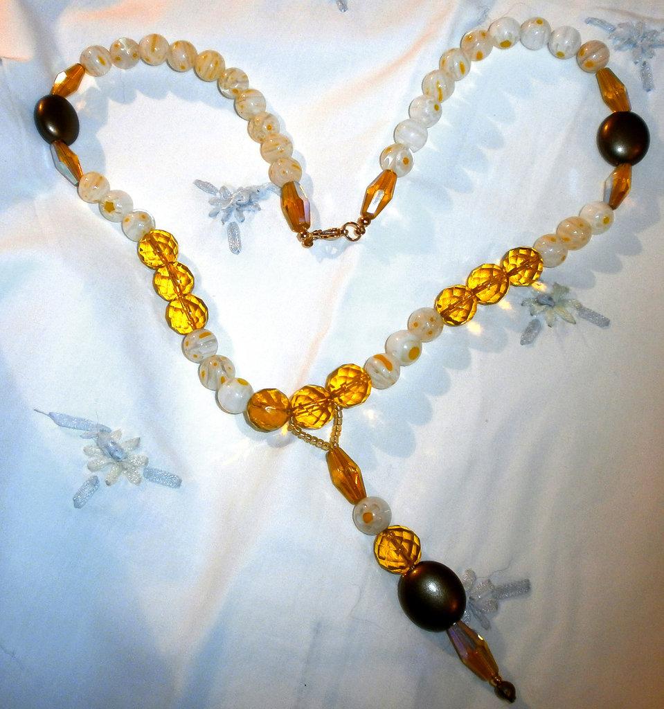 collana con murrine giallo chiaro e cristalli topazio
