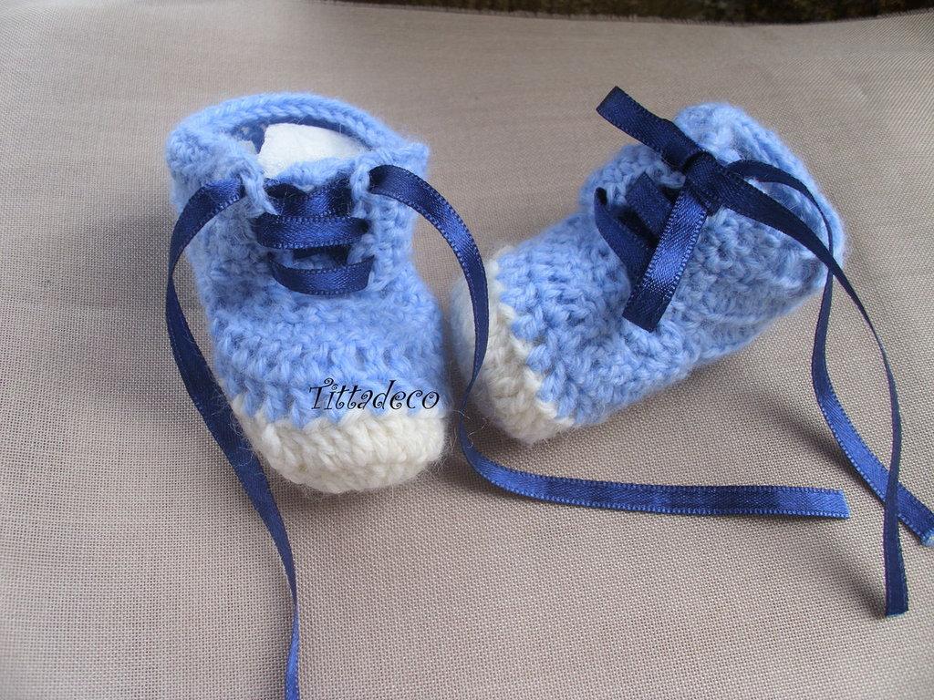 Scarpine neonato con lacci