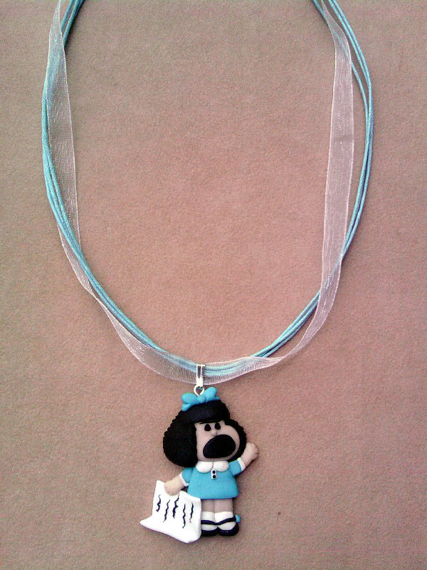 Collana in organza con Mafalda fimo