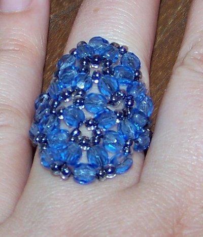 SALDI SALDI SALDI - Anello realizzato a mano, con perline e cristalli (no swarovski) - - PREZZO RIBASSATO!!!!!