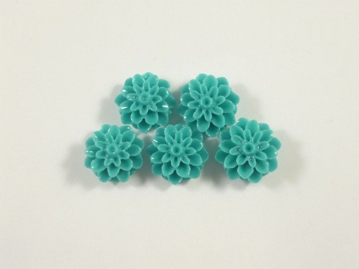Fiori in acrilico turchese 15 mm  10 pezzi 1.50 euro