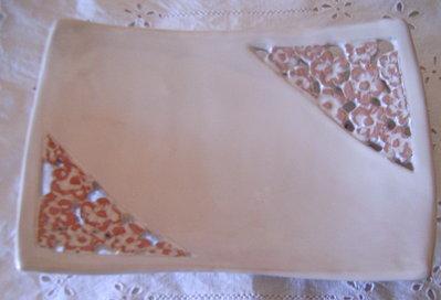 Vassoio portabonbon/svuotatasca concavo.Realizzato interamente a mano e intagliato.Whiteflowers.