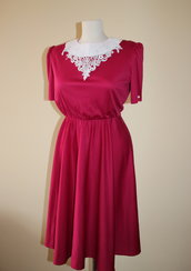 Pink (purple, fuchsia) and white 1980s summer vintage polyester secretary dress.