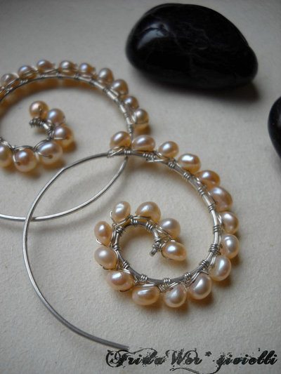 SU RICHIESTA/MADE TO ORDER -  Romantic Pearls Earrings
