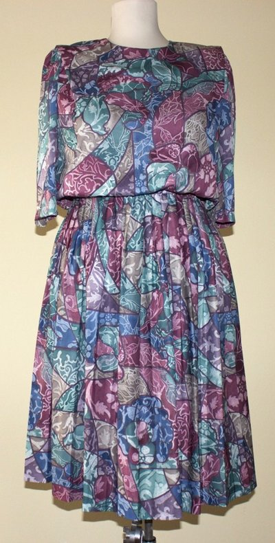 Colourful (blue, green, red, brown, purple) 1980's vintage polyester secretary dress, Size M