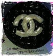 Anello tondo con logo Chanel