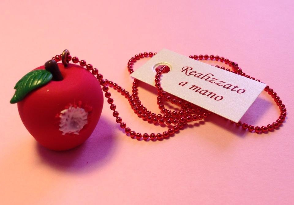 "Collana ""APPLE GNAM"""