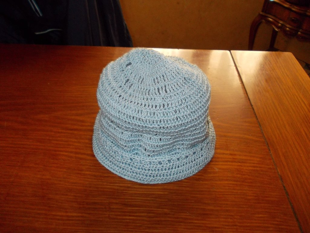 Cappellino celeste